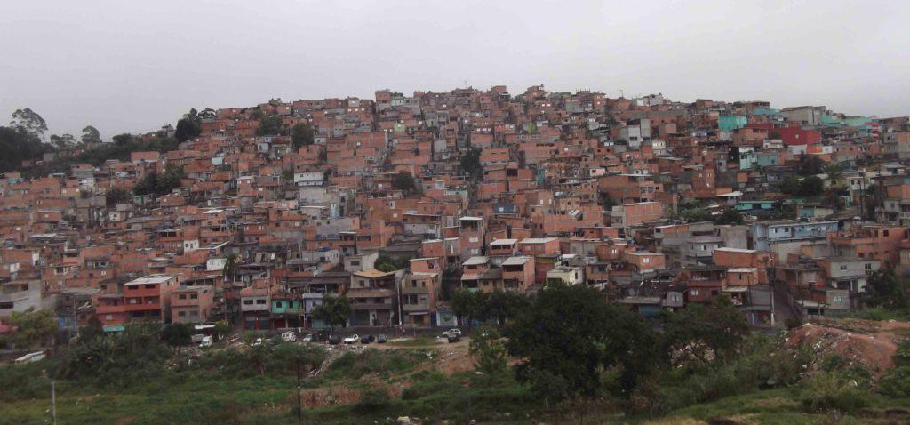 Morro Jardim Vera Cruz Hier leben die meisten Kinder, die die Waldorfschule in Horizonte Azul besuchen